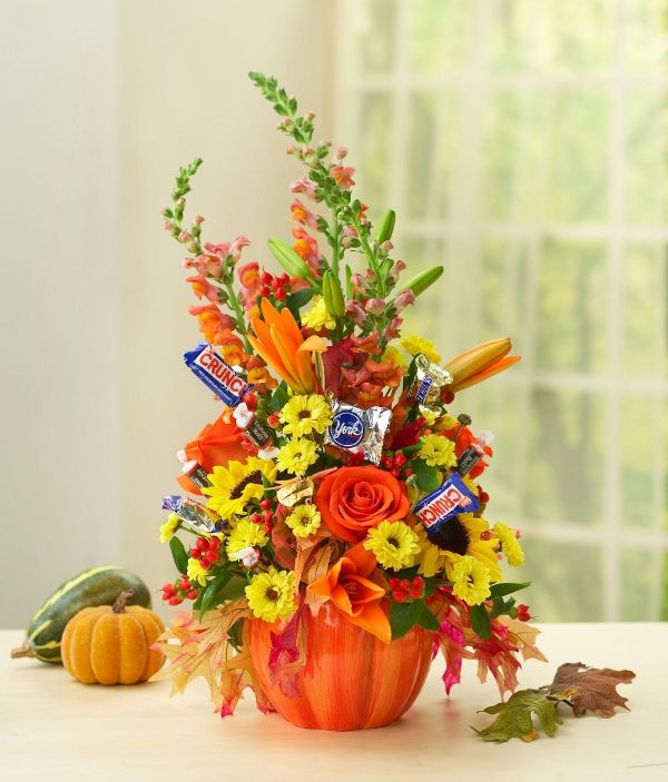 Diy Halloween Flower Arrangement With Candy Petal Talk Halloween Flower Arrangements Fall Flower Arrangements Halloween Flowers