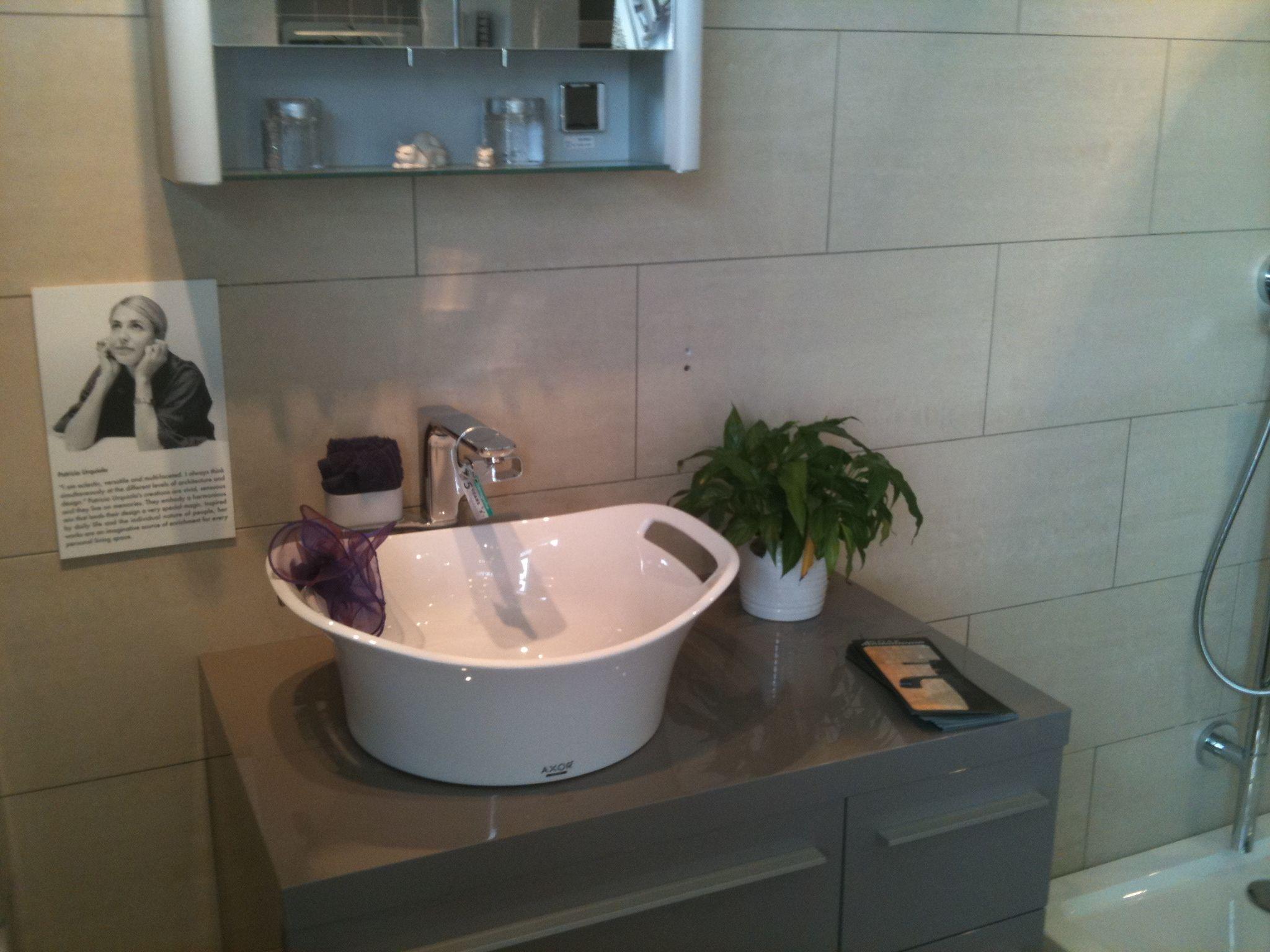 Badkamer Axor Urquiola : Axor urquiola basin with basin taps on duravit large furniture