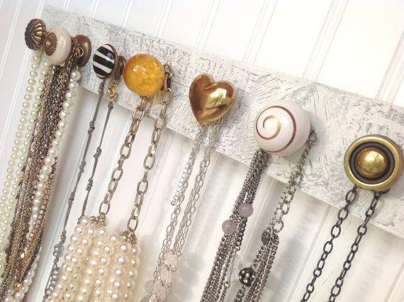 Necklace rack hanging jewelry organizer with seven knobs - Holzwurm im fensterrahmen ...