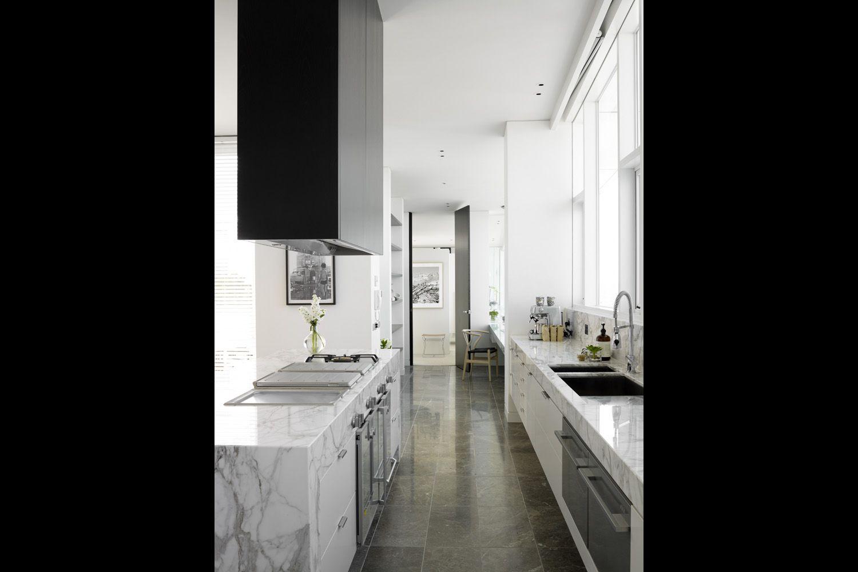 Design der vorderseite des hauses kitchens  kitchen hood fan i love the black mass interesting