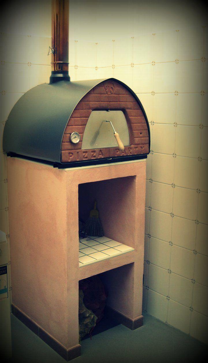 Forno a legna da interno e da esterno con piano cottura in for Forno a legna in mattoni refrattari