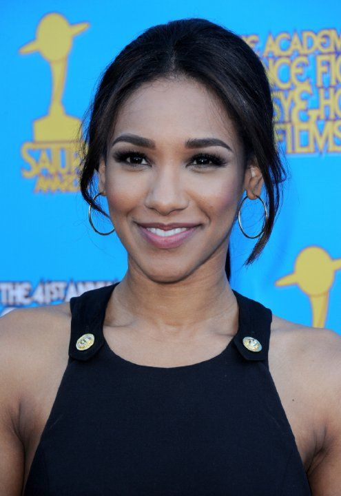 Candice Patton photos, including production stills, premiere photos and other event photos, publicity photos, behind-the-scenes, and more.