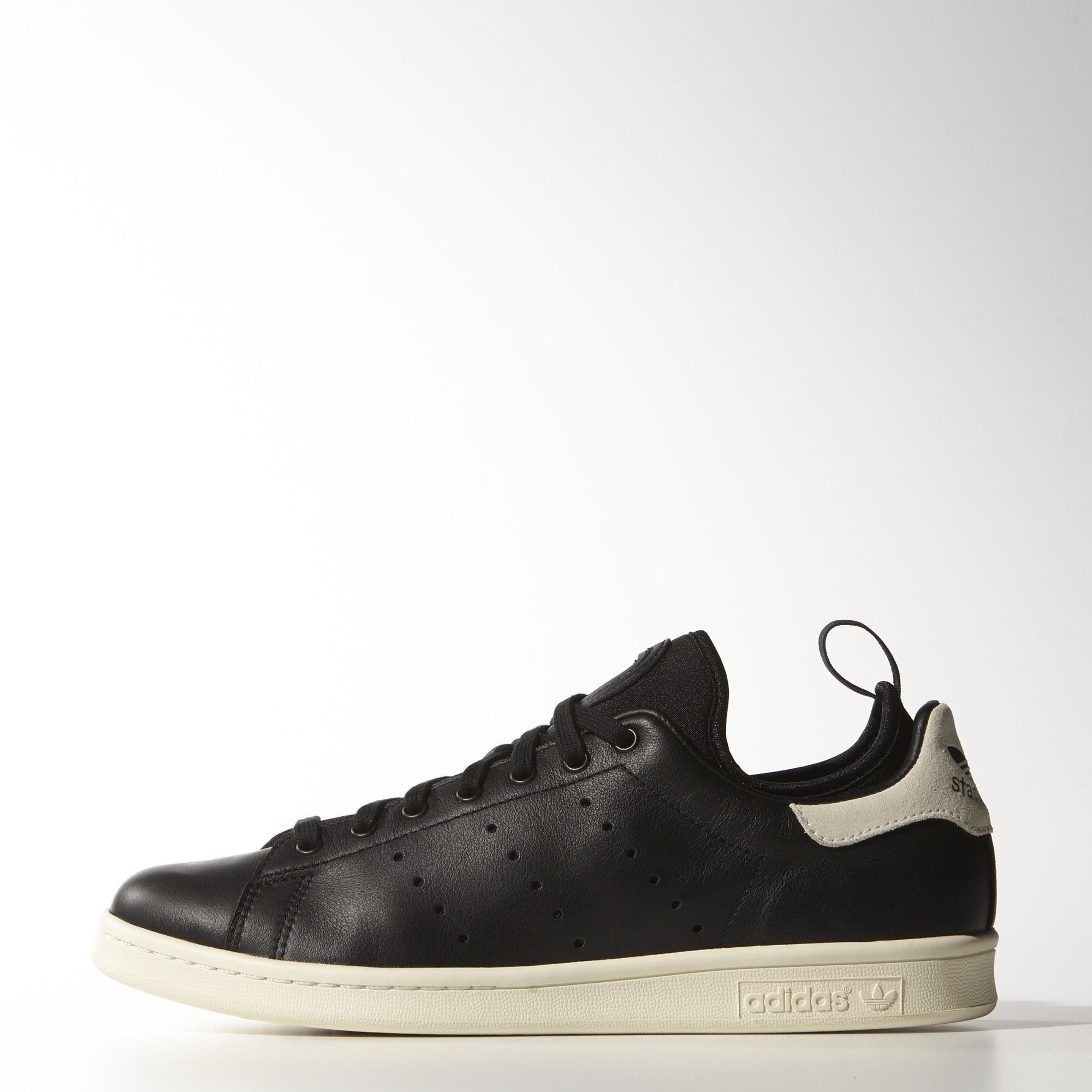 Adidas - Stan Smith Update (Core Black)