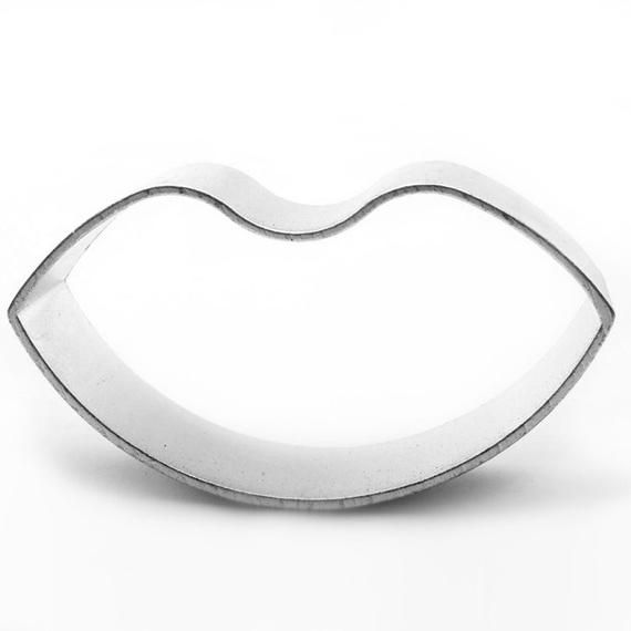 Lips Kiss Valentines Cookie Cutter Baking Cake Decorating Pastry Kitchen #lipsshape
