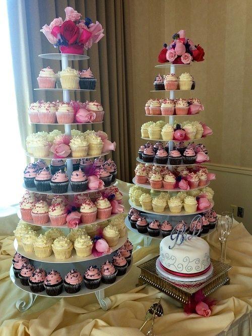 Gigi\'s Cupcakes wedding reception cupcake stands | Ideas for Shalita ...
