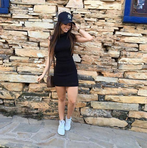 Outfit Vestido Negro Con Tenis Vestidos De Punto 2019