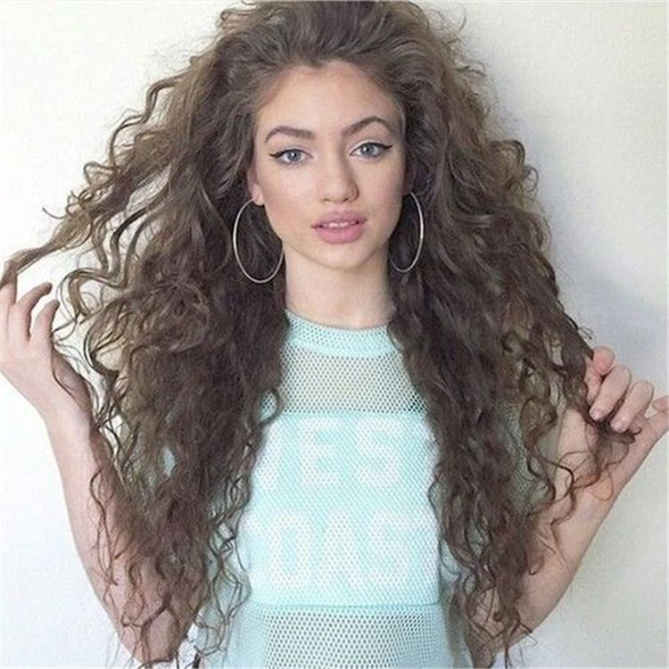 Cute And Pretty Curly Hairstyles To Look Stylish In 2020 Page 29 Of 44 Cute Hostess For Modern Women Curly Hair Styles Naturally Curly Hair Styles Hair Styles