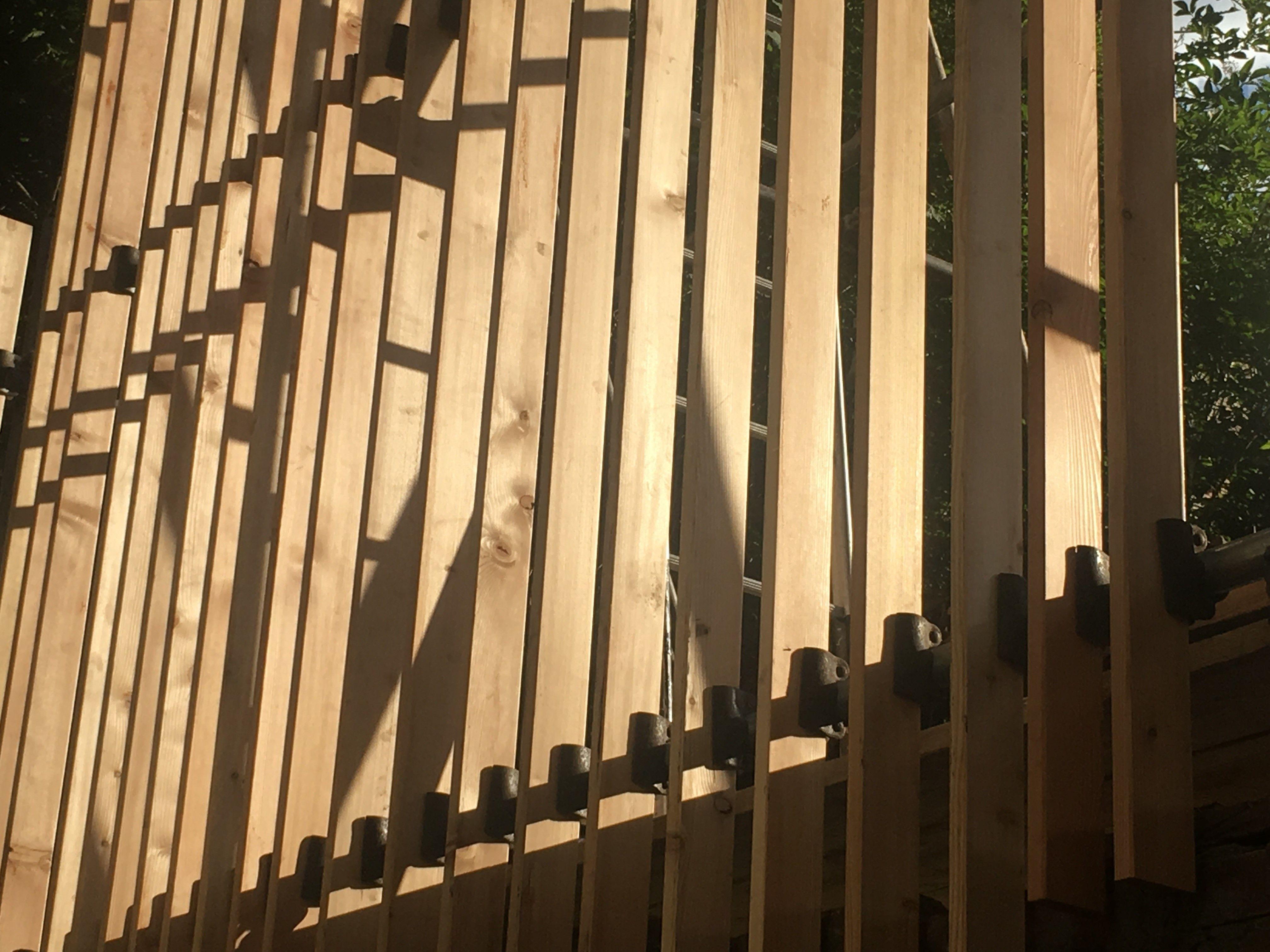 Vertical Grain Siberian Larch | Open Close Art | Icosis Architects ...