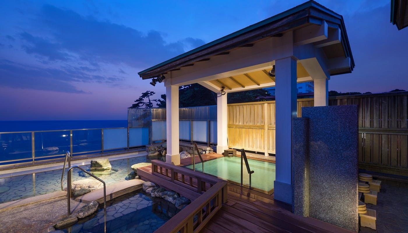 伊豆の名物 金目鯛を堪能 海と温泉に癒される稲取温泉の食べるお宿 一休コンシェルジュ 温泉 小さなプールのデザイン 宿