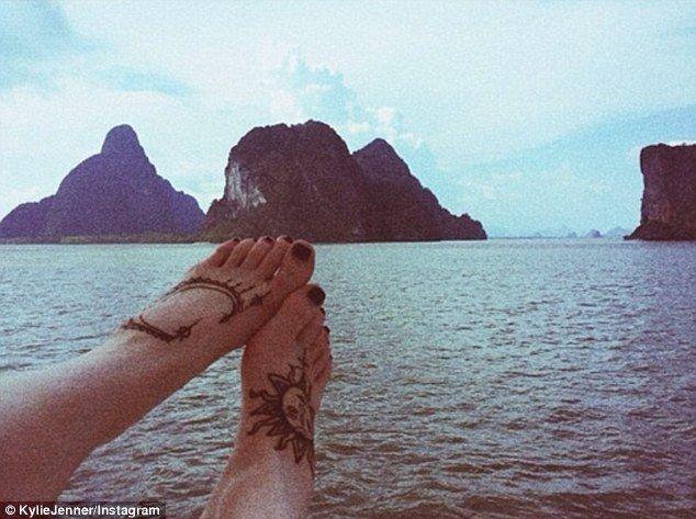 Henna Tattoo Thailand : Thailand flower tattoo kylie google search tattoos