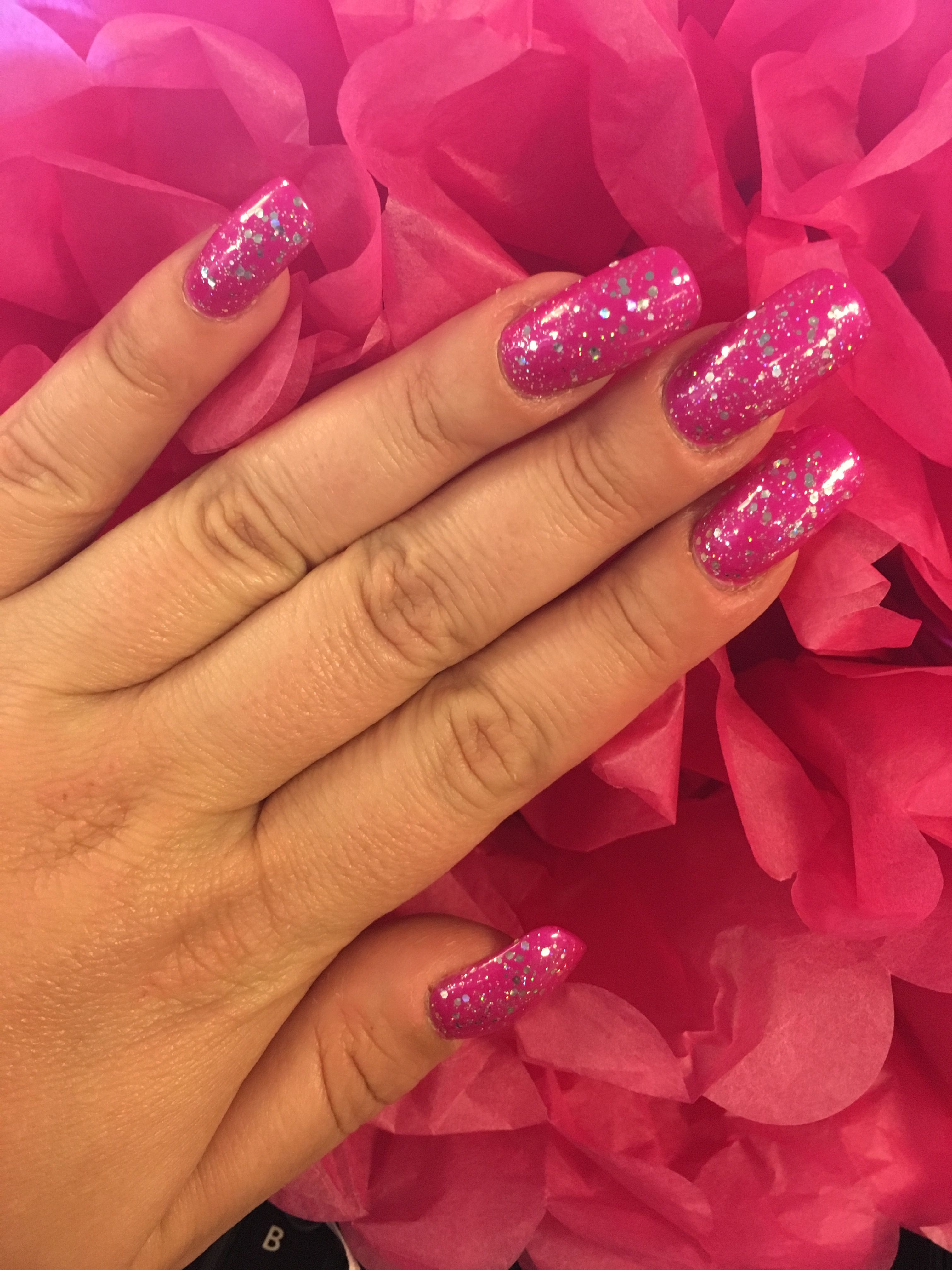 Hibiscus pink glitter nails! When you start to get bored with the ...
