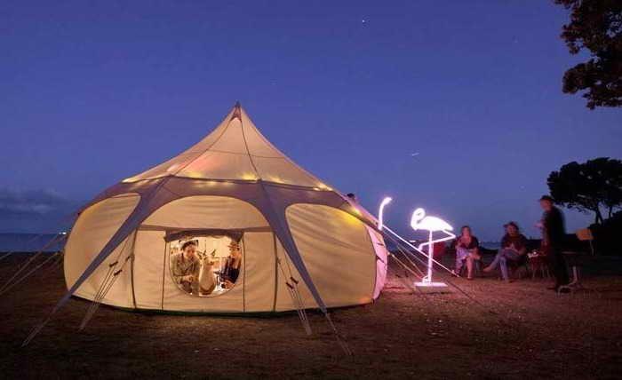Sub Zero Camping Tents (Dengan gambar)