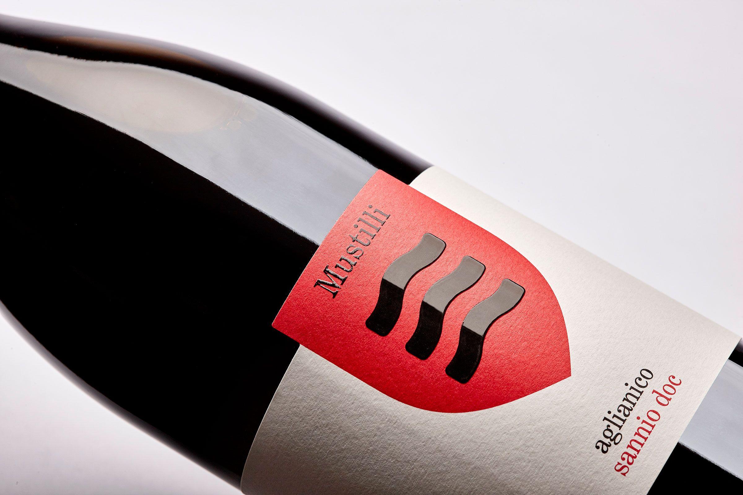 Mustilli Wine Packaging Design Wine Label Design Wine Label Packaging