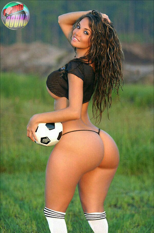 Sexy girls playing football-8392
