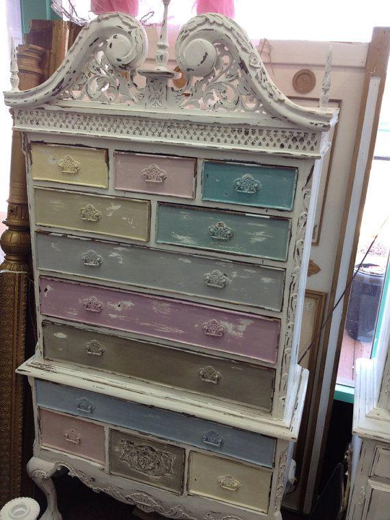 Vintage Inspired Shabby Chic Multi Colored Queen Anne Cabinet Dresser Muebles Castellanos Muebles Muebles Pequenos
