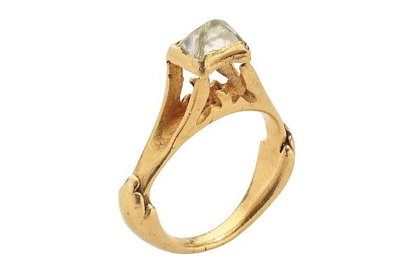 Octahedral Diamond Ring, second half 3rd–early 4th century, Roman. Gold, diamond. Height including diamond 30.73 mm.; hoop outer diam. 25 mm.; bezel 6.32 x 8.55 mm.; weight 9.2 grams; US size 5.75; UK size L. Griffin Collection. © The Metropolitan Museum of Art