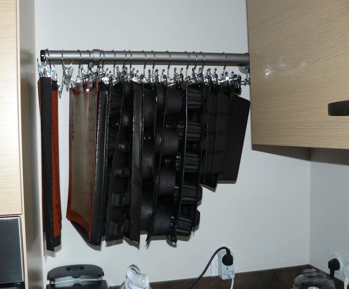 une astuce de rangement pour les flexipan rangement. Black Bedroom Furniture Sets. Home Design Ideas