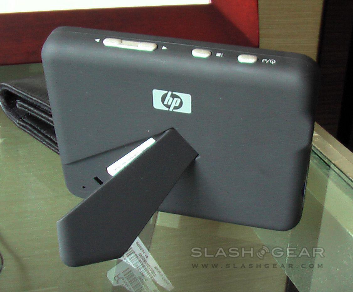 HP df300 & df1000a Digital Photo Frames - SlashGear | photography ...