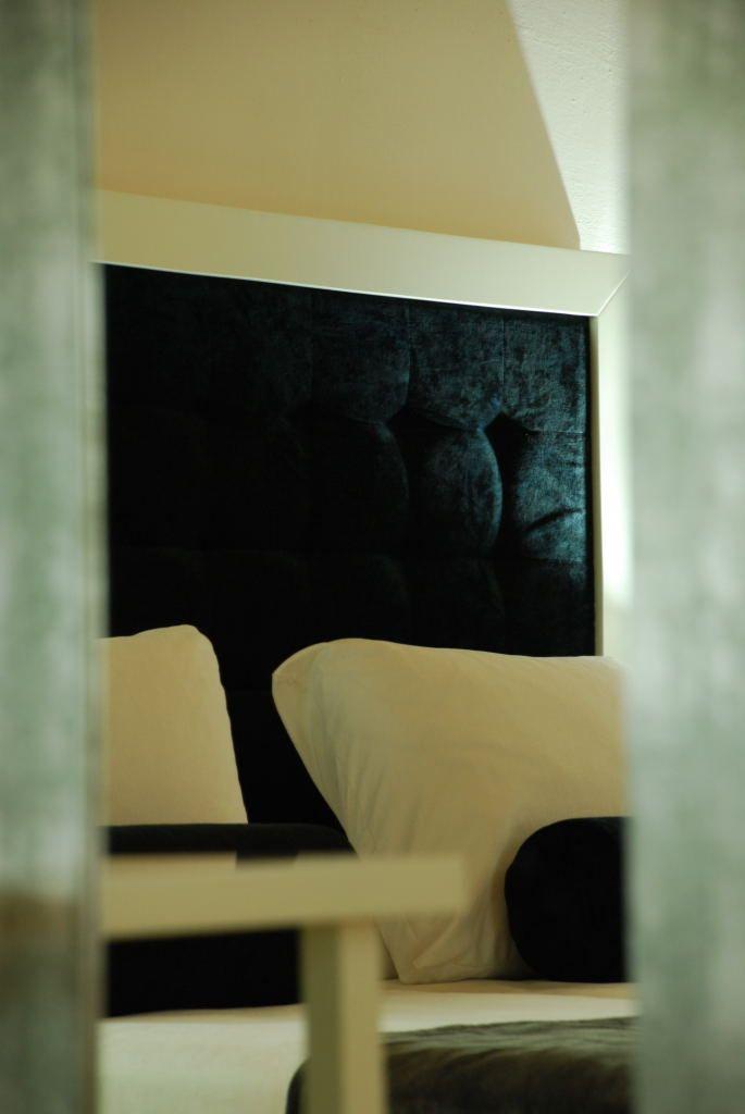 detalle-cabezal-cama-hotel-convento-san-diego-badajoz