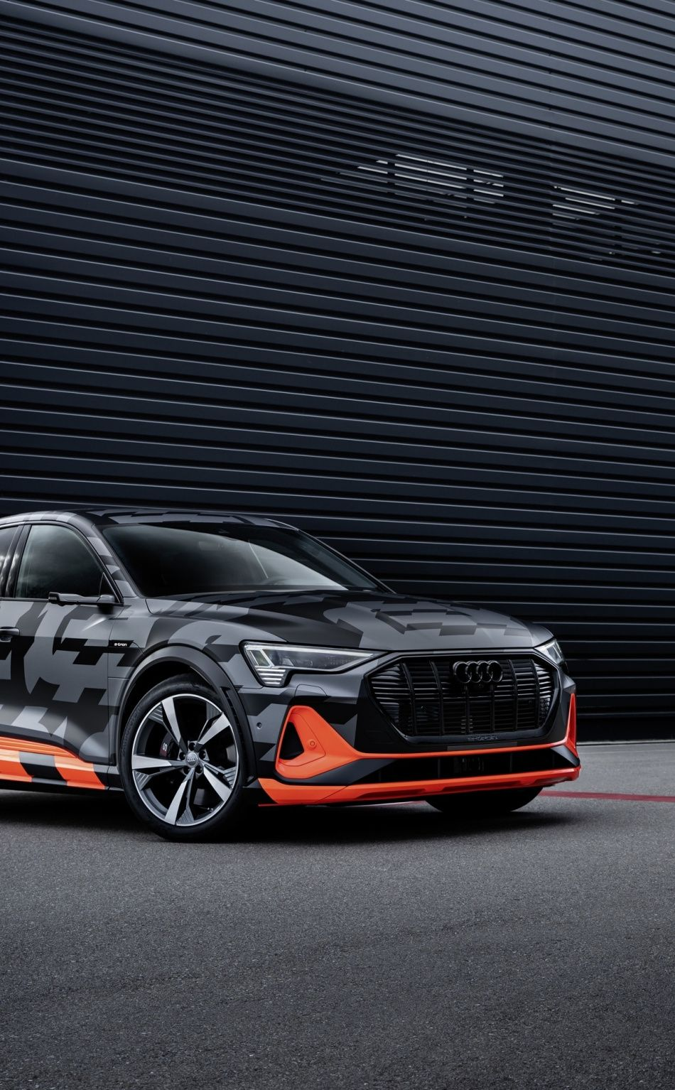 950x1534 Suv Compact Car Audi E Tron Wallpaper In 2020 Audi E