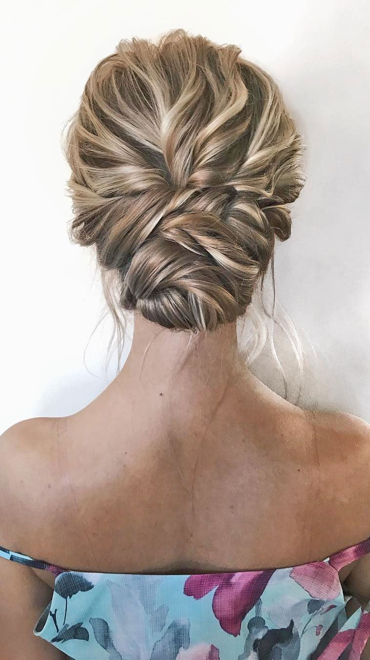 romantic updo hairstyles, updo hairstyle,simple updo, messy bridal updo hairstyle,updo hairstyles ,wedding hairstyles #weddinghair #hairstyles #updo #hairupstyle #chignon #weddinghairstyles #braids #simplebun