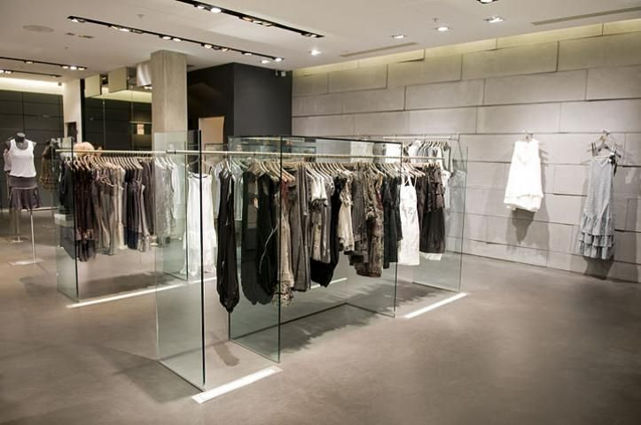 Pin By Showay On Store Pinterest Visual Merchandising Dressing