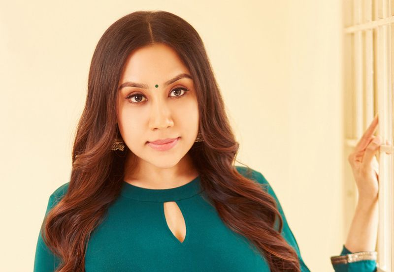 "Divya Sathyaraj starts the ""Mahilmadhi"" movement"