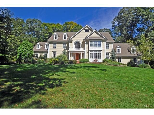 Best Custom Built Colonial On 3 Private Acres On Cul De Sac In Greenfield Hill S Only Gated 400 x 300