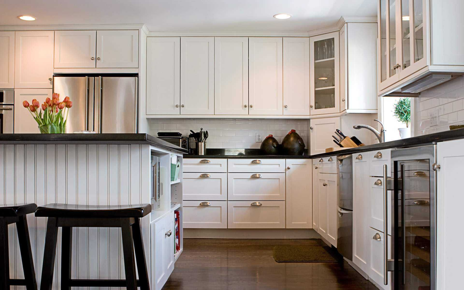 Lavishly Appointed Small White Kitchens With Ikea Furnishing Sets Classy Kitchen Cabinet Design Ikea Design Ideas