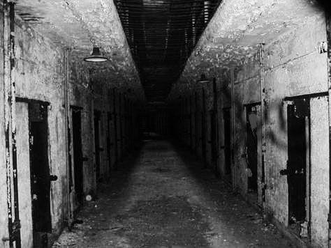 Paranormale Ombre Nere Che Si Muovono Cosa Sono Creepy Images Creepy Pictures Creepy
