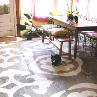Major stenciled floor inspiration.