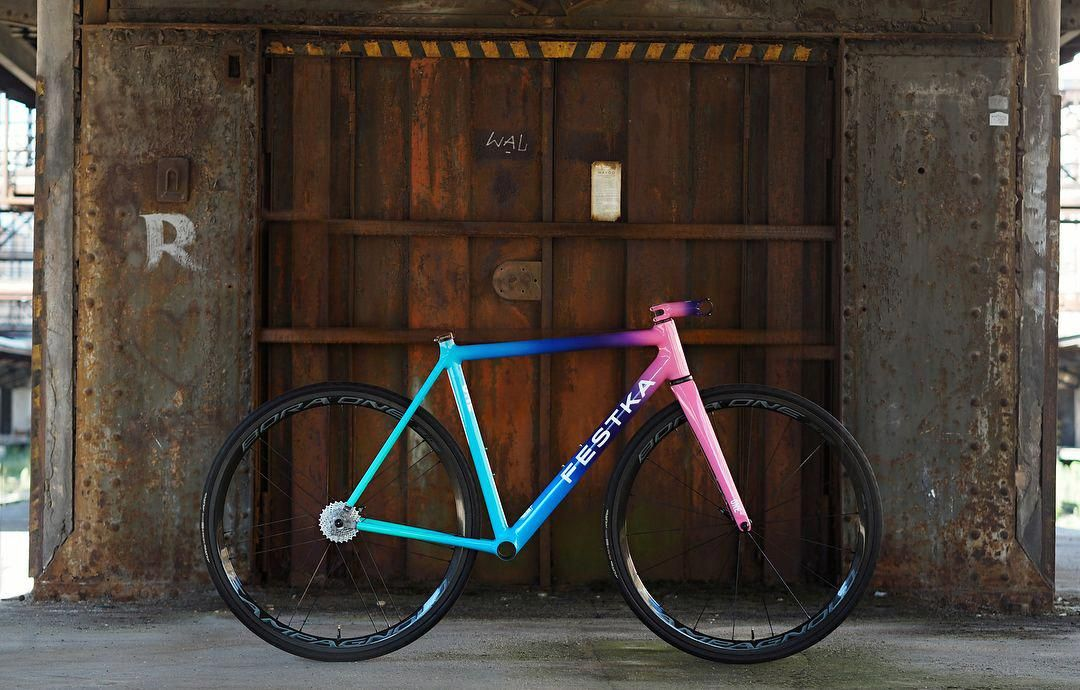 Best Accessories For Mountain Bike In 2020 Bicycle Paint Job
