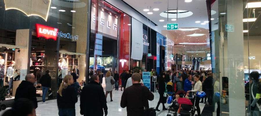 tesla mall of scandinavia