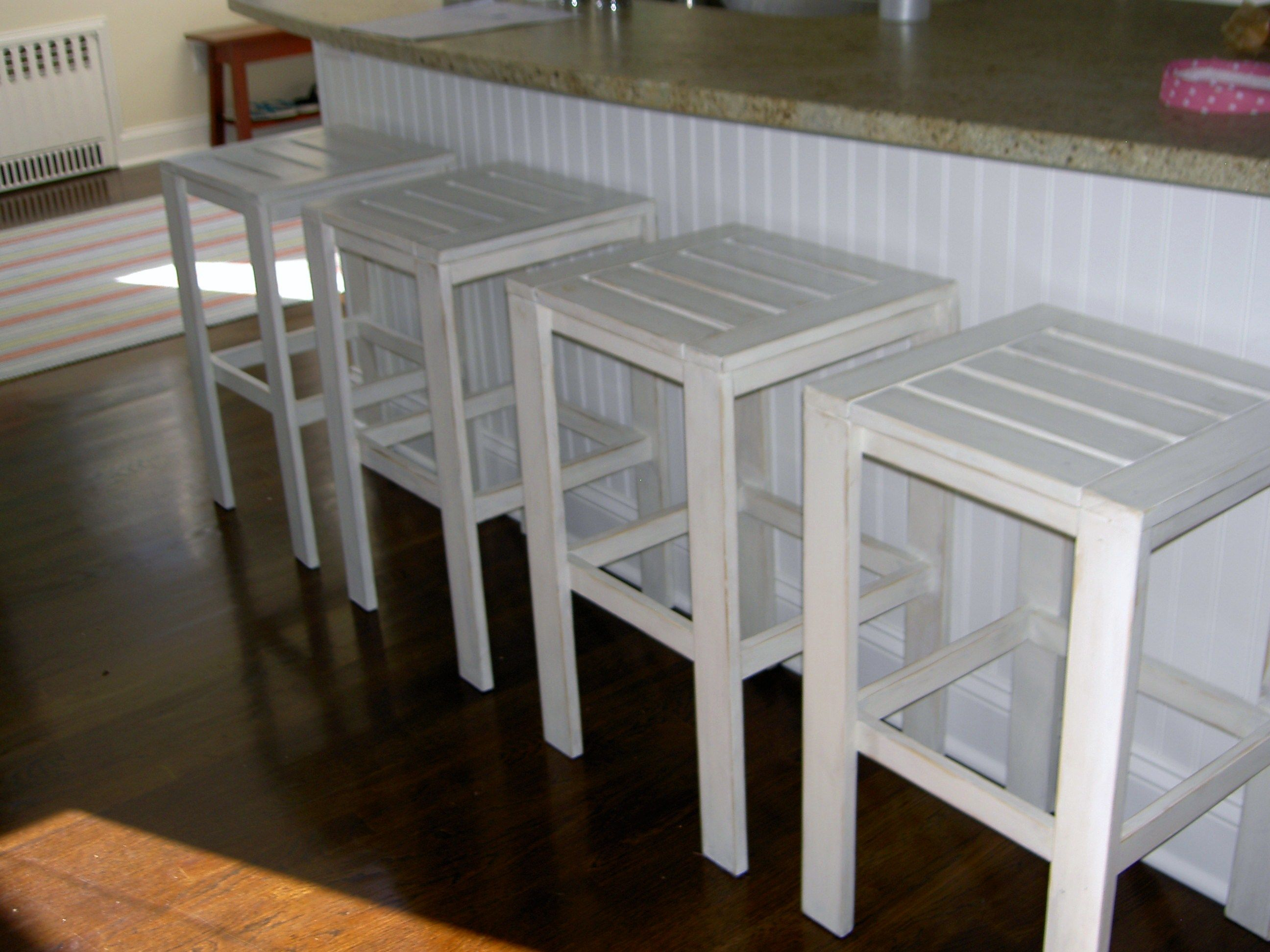 Ana White | Build a Simple Modern Bar Stools | Free and Easy DIY ...