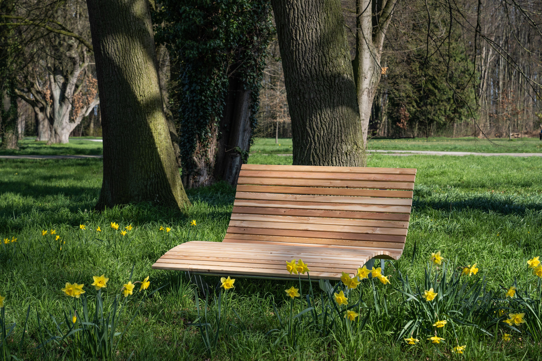 Waldsofa Forst Scalant Liege Garten Gartenliege Holz Gartengestaltung Ideen
