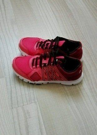 1c5aa1cfdab2a Ladies Shoes · Hands · À vendre sur  vintedfrance ! http   www.vinted.fr