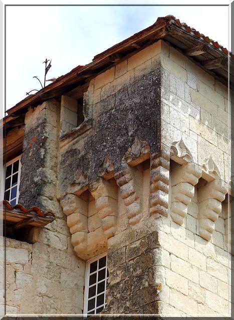 Chateau D Aubeterre Sur Dronne Beaux Villages