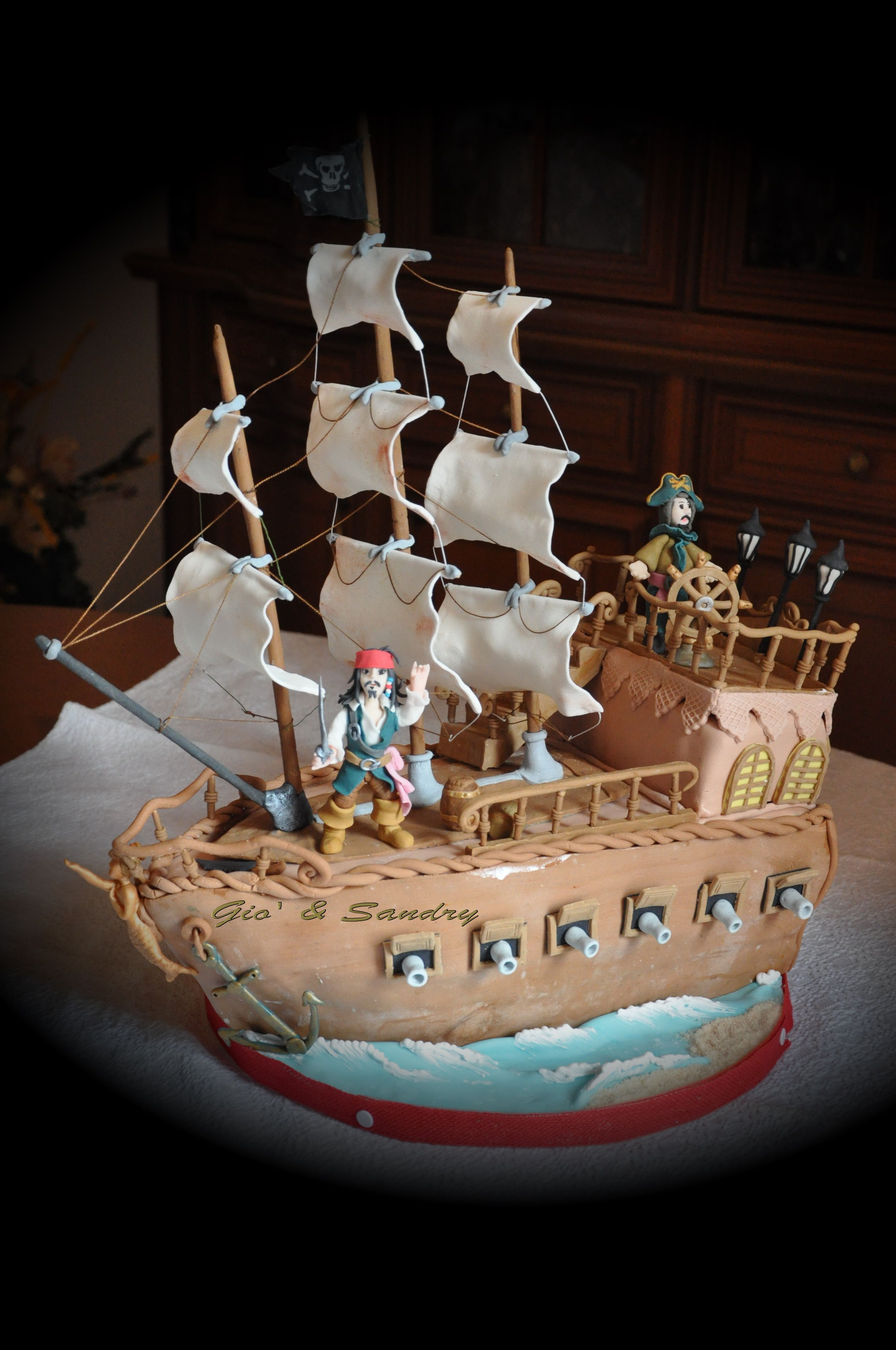 Incredible Black Pearl pirate ship cake tweeted by @cakecentral ...