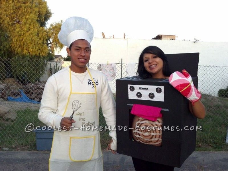 awesome pregnant womans costume bun in the oven - Pregnant Halloween Couples Costumes