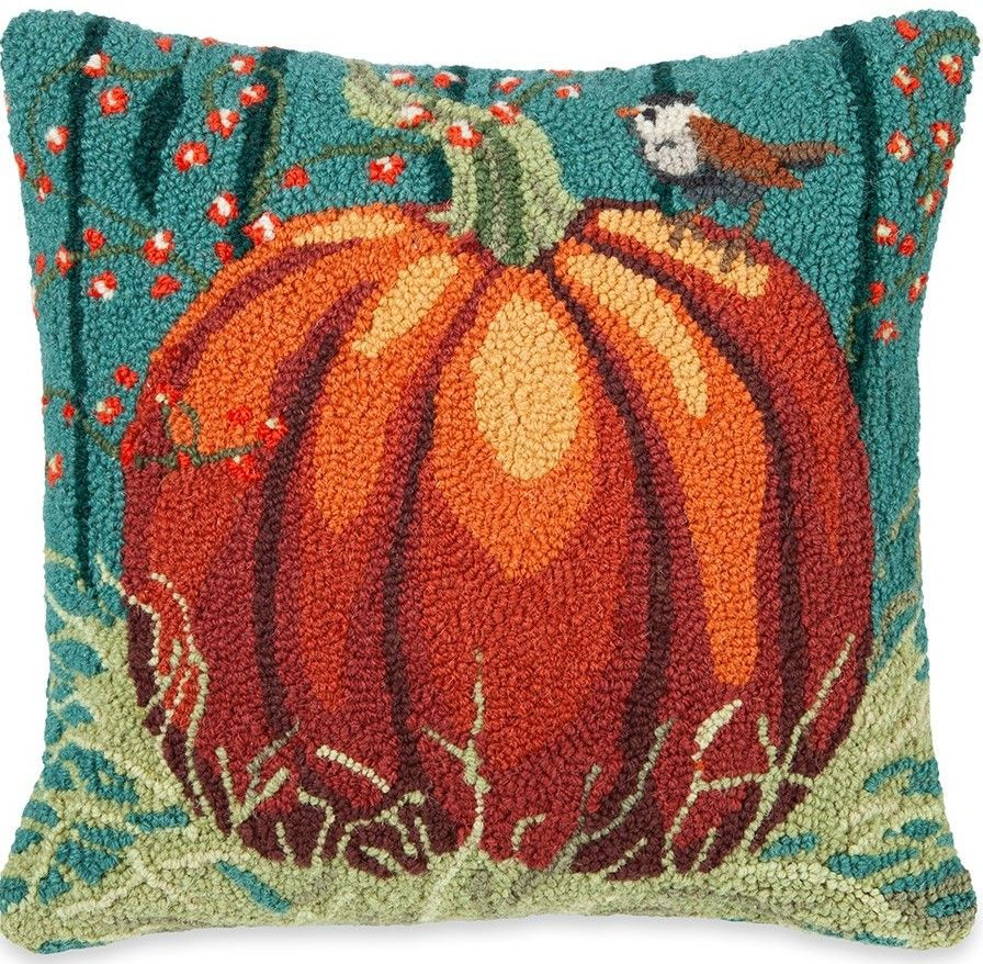 Hooked Wool Pillow Accentuate