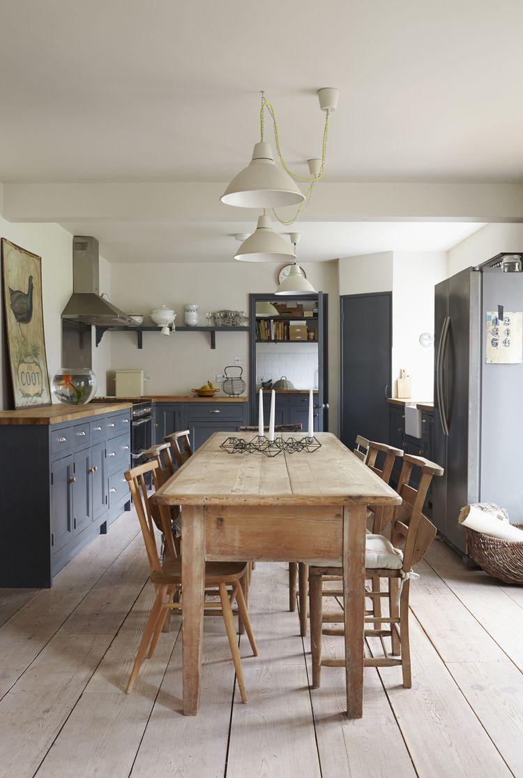 Carolineyates farmhouse kitchen light wood floor dark kitchen cabinets farmhouse table eat in kitchen kitchen design