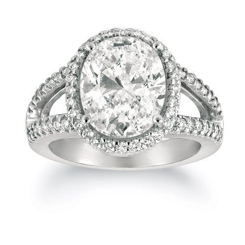1.3 Million Dollar Engagement Ring. Just Look At Its Beauty... Worth Every