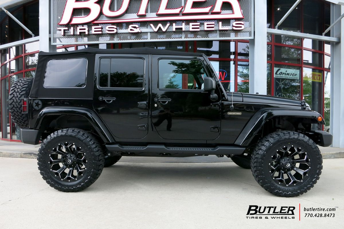 Jeep Wrangler With 20in Fuel Ault Wheels