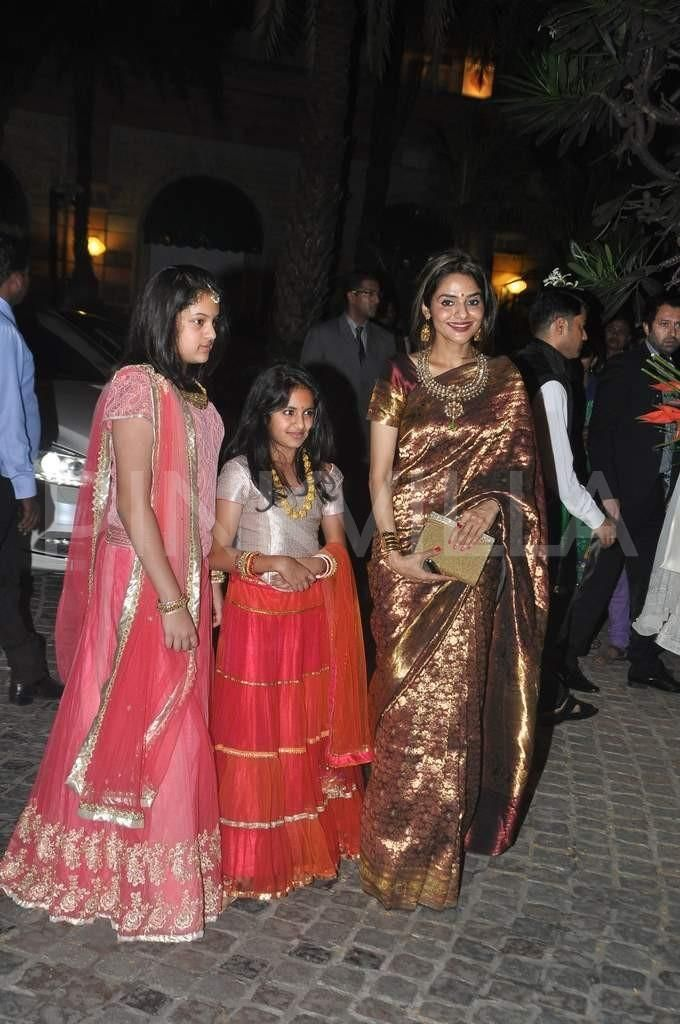 Celebs attend Ahana Deol's Weddin Reception | PINKVILLA