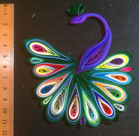 100 Quilling Paper Strips dans Candy Red 5 mm wide