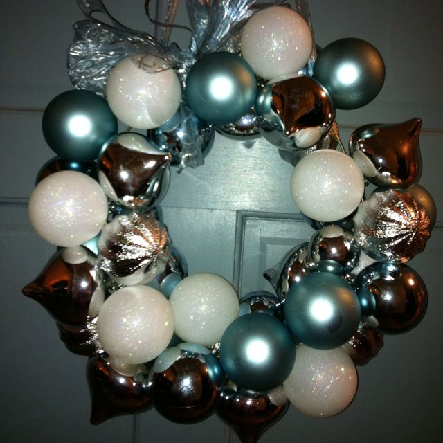 Christmas wreath! Was hard at all to make! Wire hanger, hot glue ...