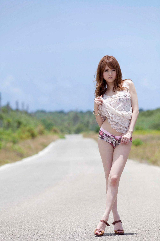 Akiho Yoshizawa Nude Photos 100
