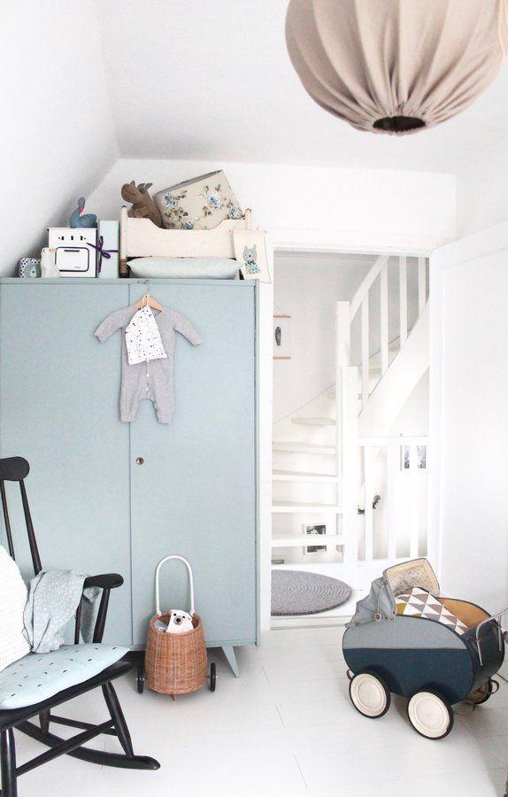 Samu0027s Zimmer | SoLebIch.de Foto: BRITTA BLOGGT #solebich #kinderzimmer # Junge #ideen #wandgestaltung #einrichten #ordnung #skandinau2026
