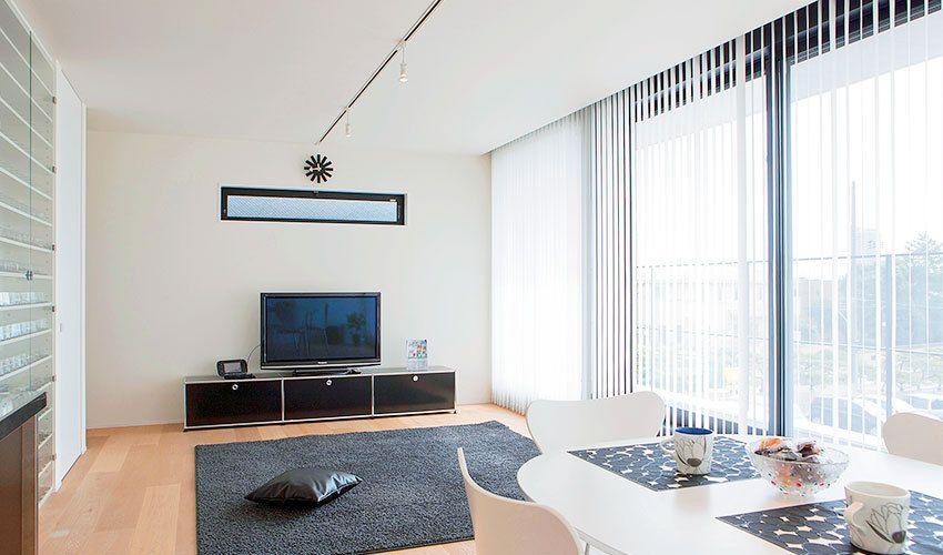 愛用家具が映える究極のシンプルハウス 1000万円台で建てる暮らし