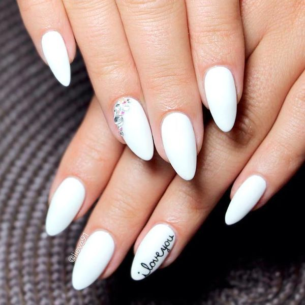 Sparkly Oval Acrylic Nails Designs Picture 1 Nails White Acrylic Nails Almond Nails Designs Oval Nail Art